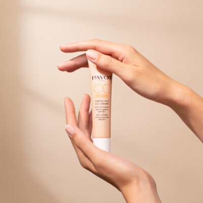 Payot - Crème N°2 CC Cream avec mains